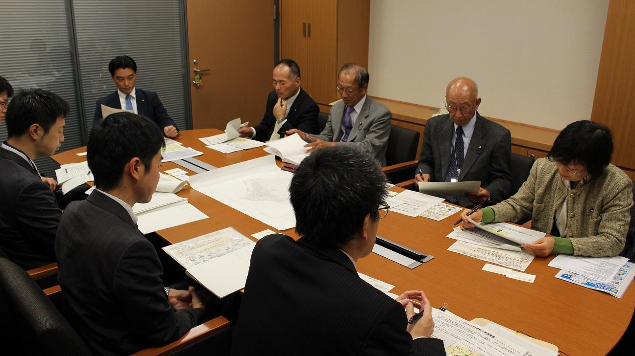 20151126松田町議会議員勉強会0033