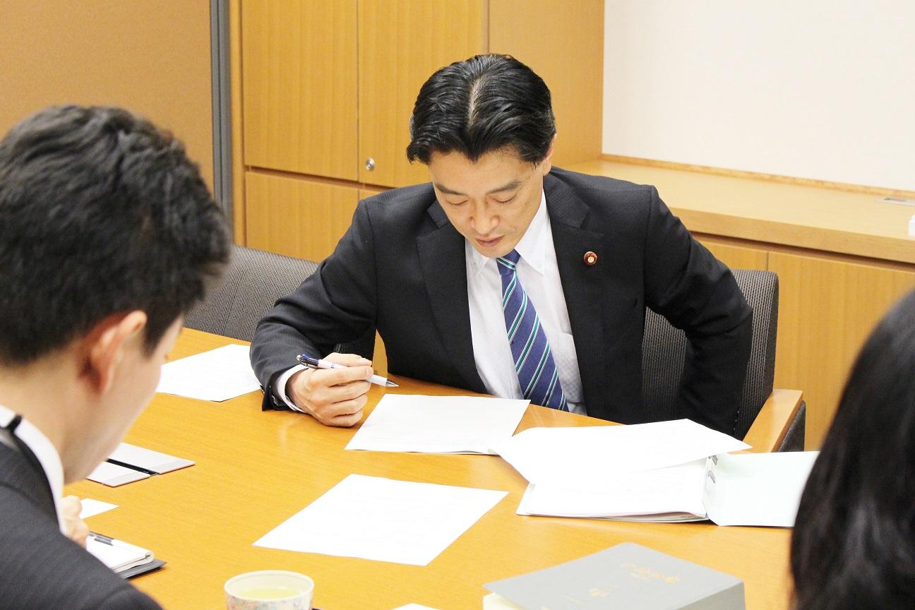 20151208-2活火山噴火対策議員立法打合せ0033