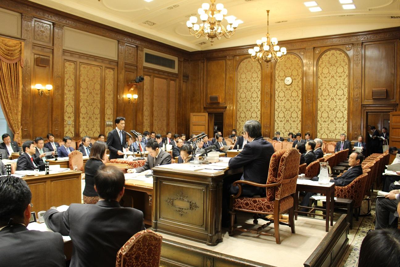 20160218-1質問=予算委員会0044