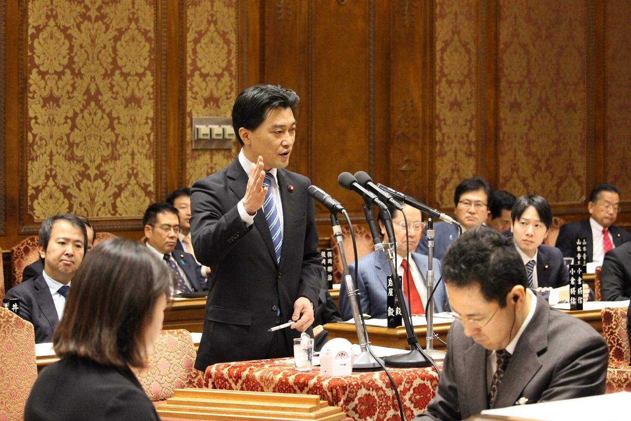 20160218-1質問=予算委員会0011